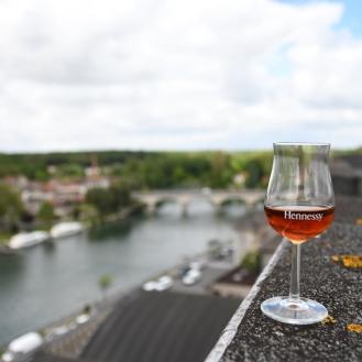 Hennessy 9