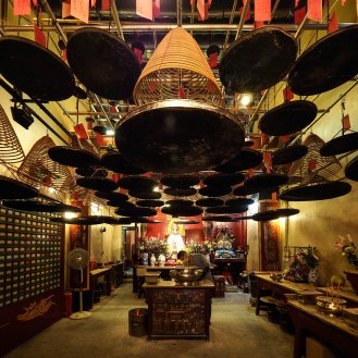 Man Mo temple 2